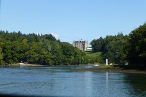 Castle view in river L'Odet.