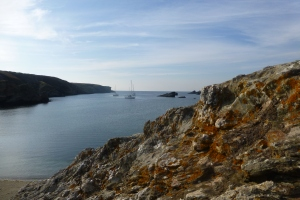 Anchoring in a beautiful bay, Ster Wenn in Belle-Île.